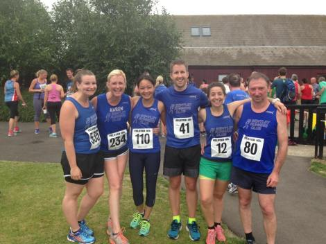 Bentley runners at the Felsted 10k