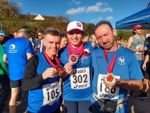 Paul, Mags and Frank showing off their lovely medals